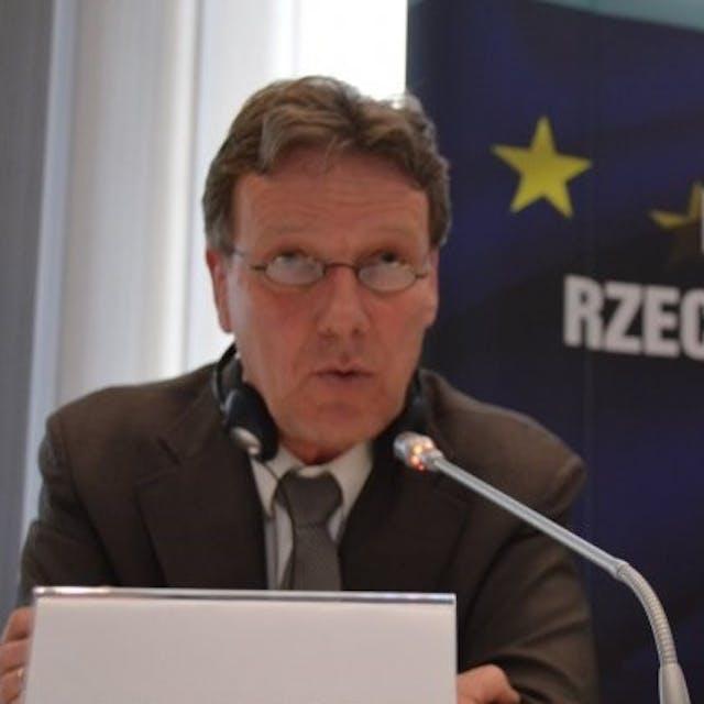 Guus  Muijzers