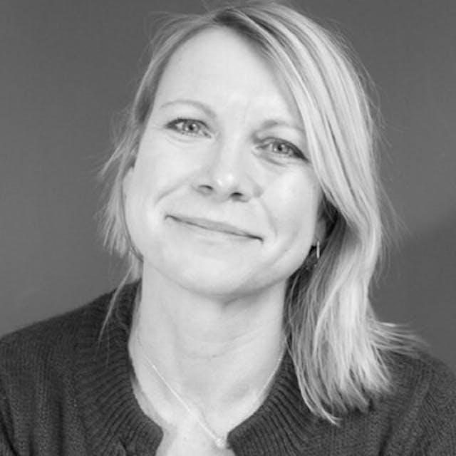 Ruth Schipper-Tops