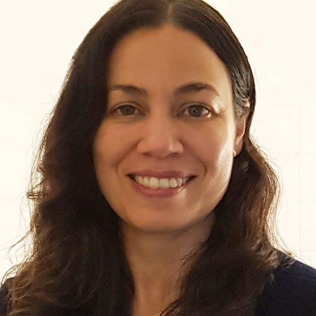 Naomi Leefmans