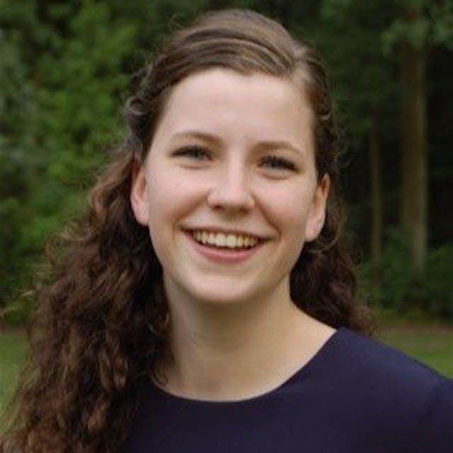 Carlijn van Helmond